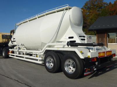 H29 極東開発 粉粒体運搬セミトレーラ