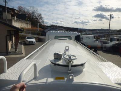 H28 日野 散水車